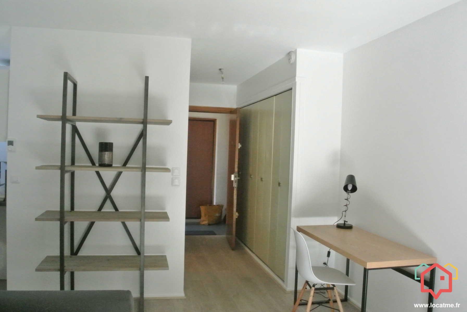 logements louer lyon 69000 entre particulier. Black Bedroom Furniture Sets. Home Design Ideas