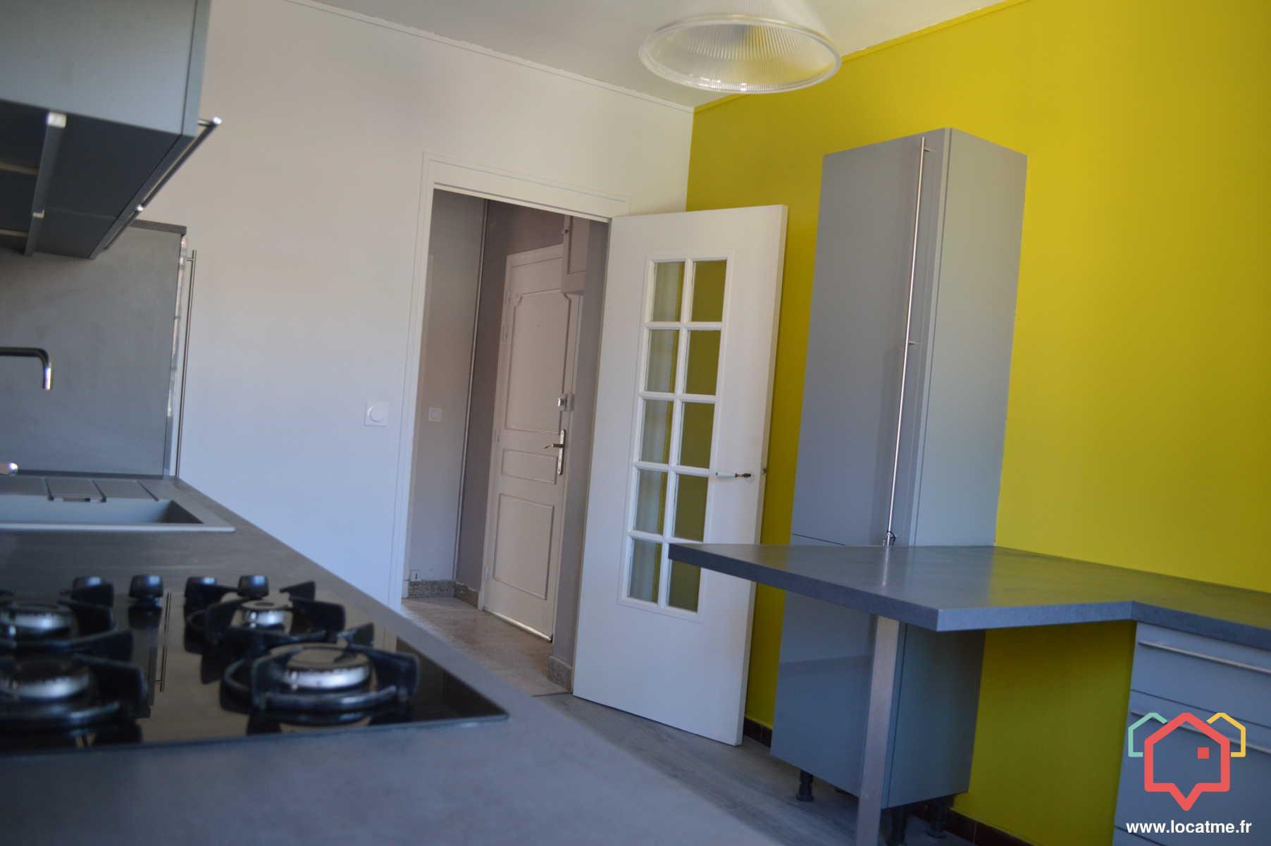 Appartement Non Meublé De 90m2 à Louer à Thiviers