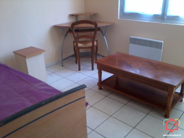 studio meubl de 12m2 louer toulouse. Black Bedroom Furniture Sets. Home Design Ideas