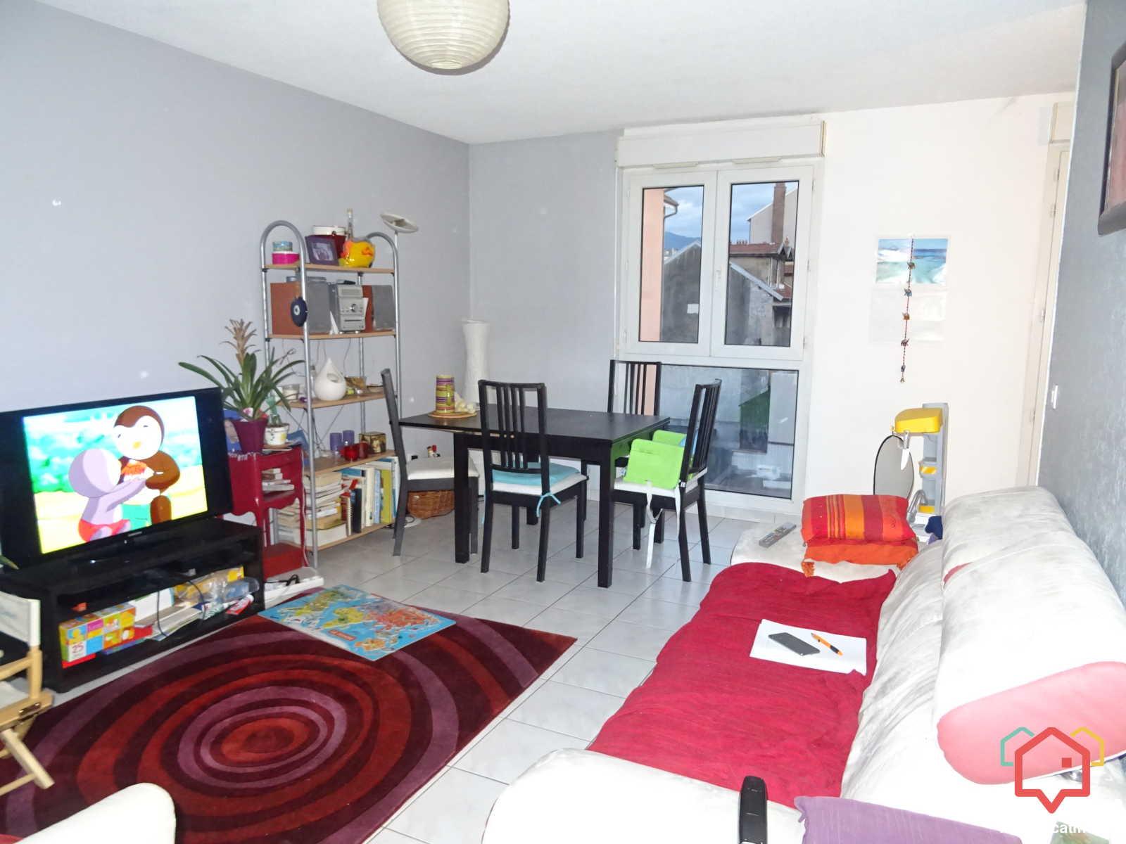 Appartement Non Meublé à Grenoble De 72m2